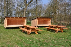 RSF shelter og borde