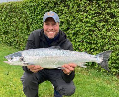 Torben Holm's flotte Laks på 81 cm 5 kg med friske havlus